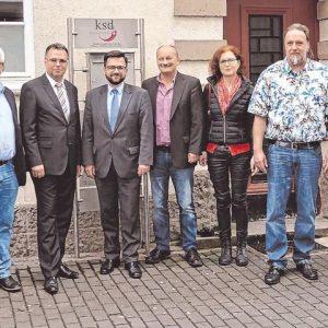 Justizminister Thomas Kutschaty besucht mit Genossinnen und Genossen den Katholischen Sozialdienst in Olpe